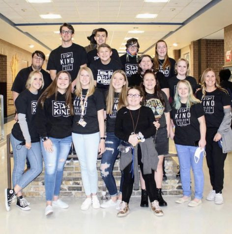 Members of the Golden Gate Club this year spread kindness by reaching out to students at Bingham.